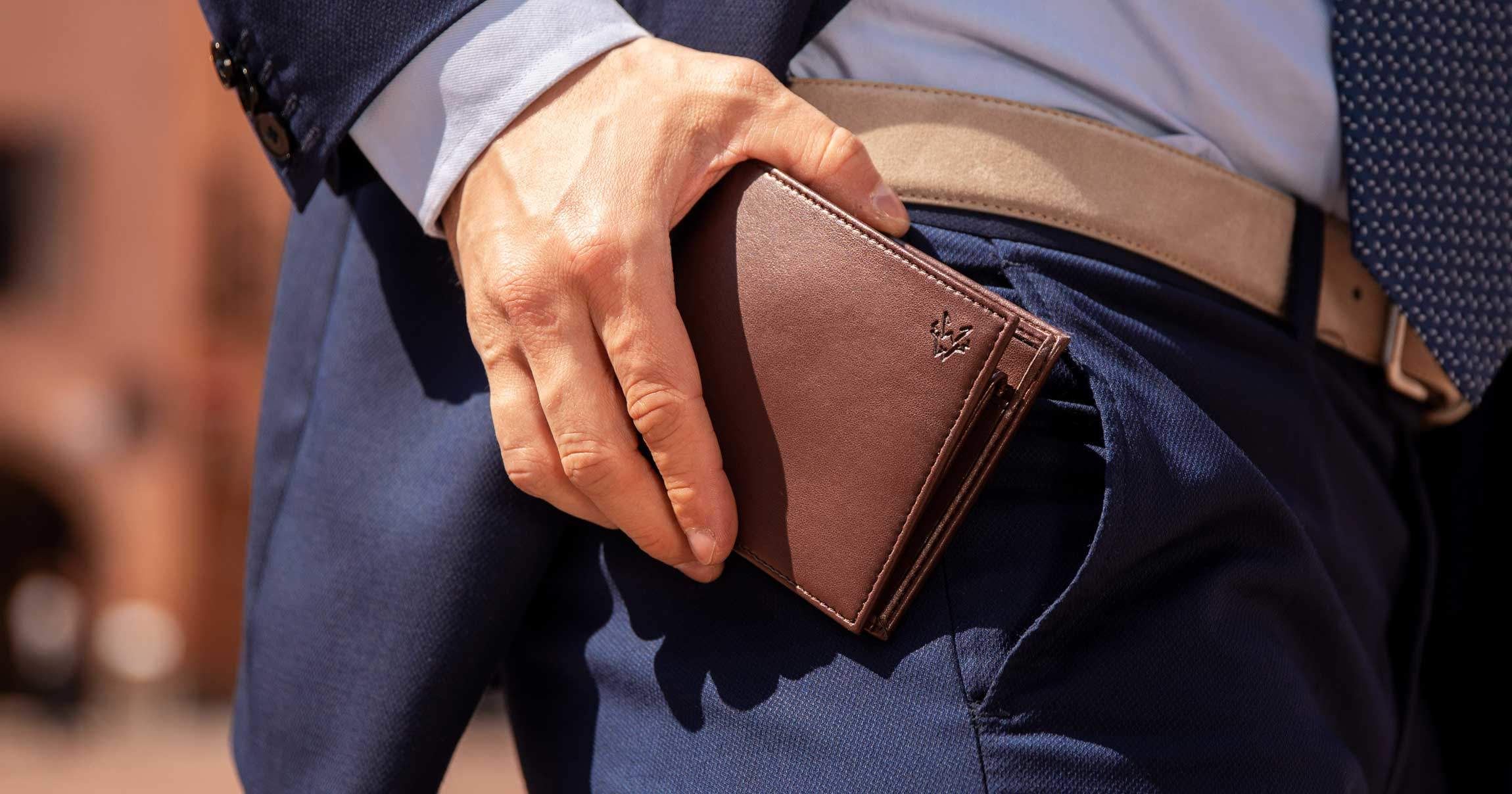 Why A Wallet Makes A Perfect Gift For A Man | Watson & Wolfe