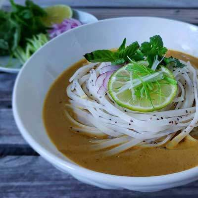 Food Friday, Rice Noodles in Yellow Coconut Curry Broth Recipe | Watson & Wolfe